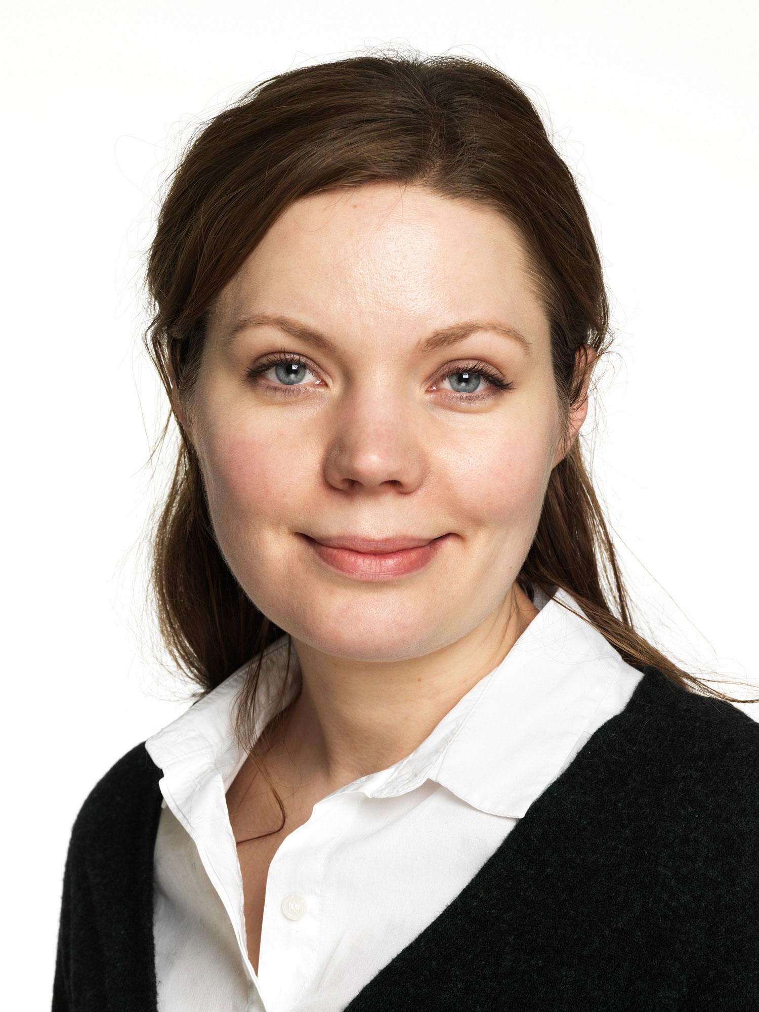 – Alle virksomheter med mer enn fem ansatte skal ha rutiner for å varsle, sier advokat i Finansforbundet Maria Østli.