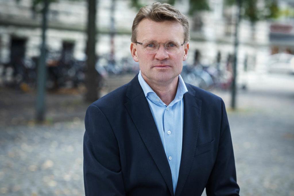SJEKKET KUNDEFORHOLD:Bent Eidem, leder for avdelingen som jobber med økonomisk kriminalitet hos Danske Bank Norge, opplyser at de har gått gjennom de fleste kundeforholdene.(PRESSEFOTO: DANSKE BANK)